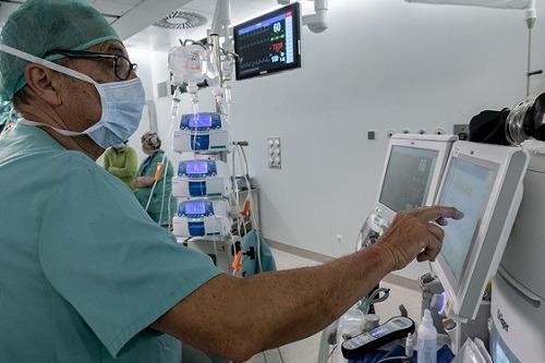 Implante de desfibrilador automático
